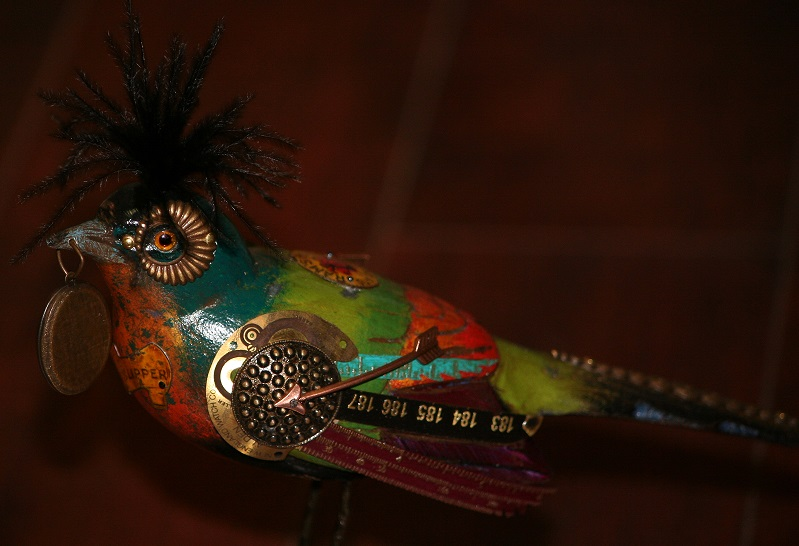 Mullanium Large Bird with Locket on Large Ball